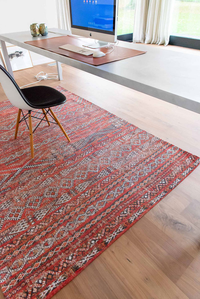 فرش مدرن دستباف چه ویژگی هایی دارد؟