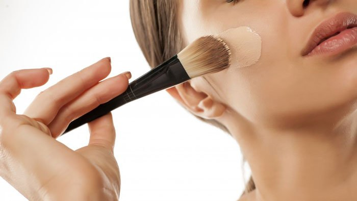 کرم پودر برای انواع پوست ها