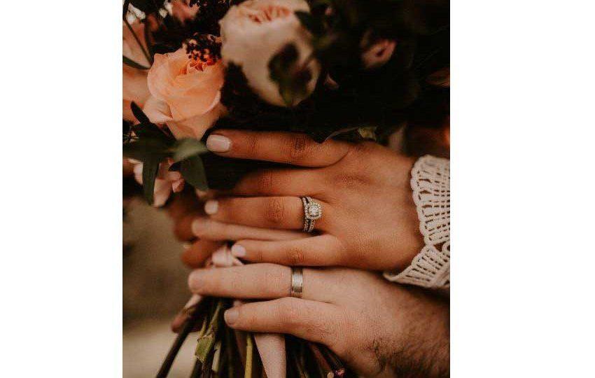 کاشت ناخن عروس