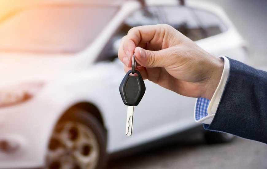چرا اجاره ماشین در کیش پول سفر شما را از بین میبرد؟
